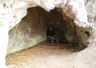 Puturosu mofetta cave